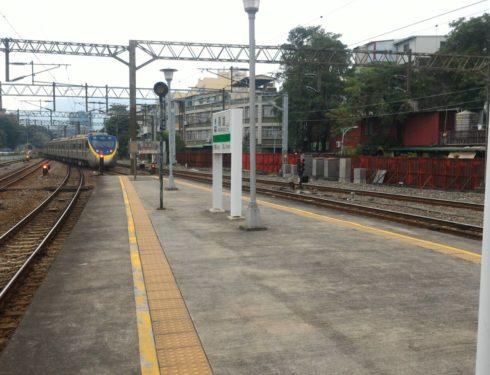 最後一次在高雄車站平面月台搭車…