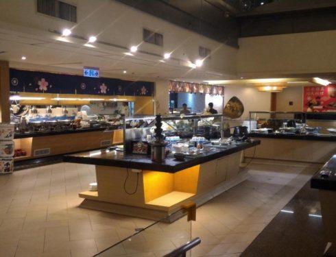 去吃耐斯松屋萬國百匯餐廳