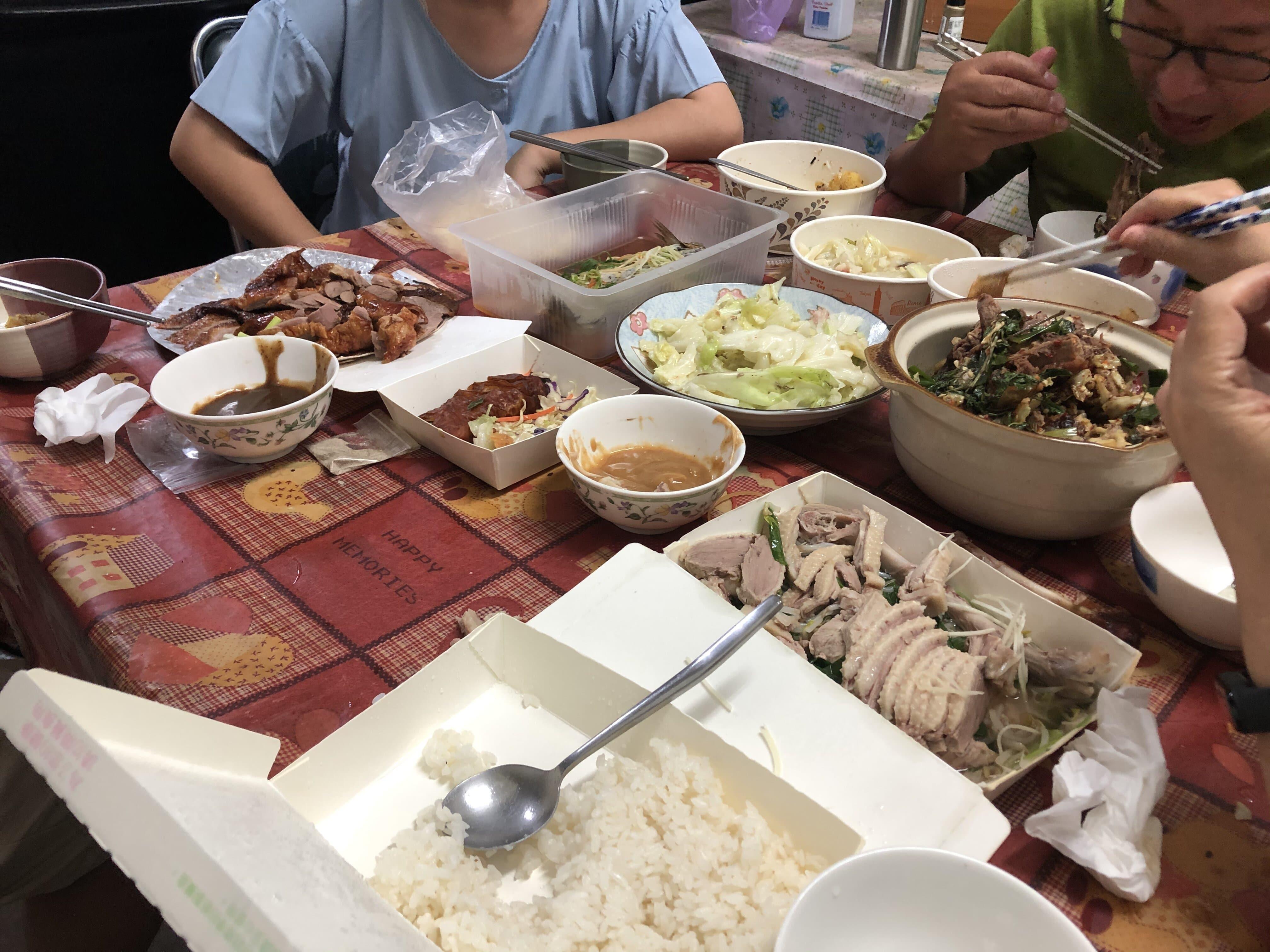2021年6月26日 外婆生日 晚上在外婆家吃烤鴨聚餐